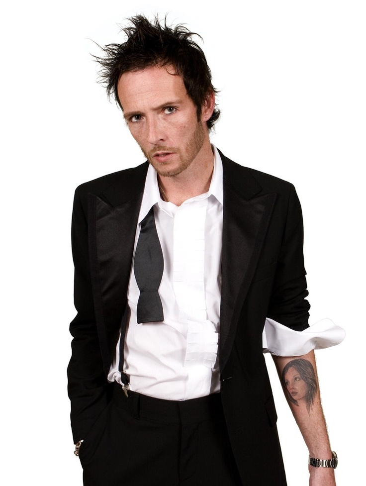 Scott Weiland ~ Former Stone Temple Pilots and Velvet Revolver singer died while on his tour bus December 3, 2015 of an overdose of cocaine, ethanol and MDA. police found cocaine on the bus & arrested Wildabouts bassist Tommy Black for allegedly possessing cocaine  By Kory Grow, Read more http://www.rollingstone.com/music/news/scott-weiland-cause-of-death-accidental-overdose-20151218#ixzz3yIJDOFT4