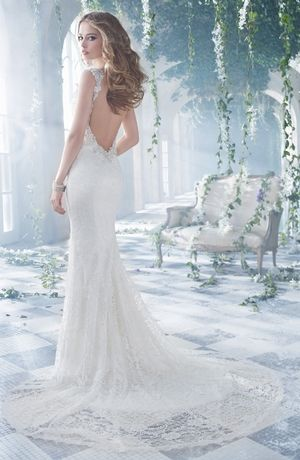 Alvina Valenta - V-Neck Sheath Gown in Lace