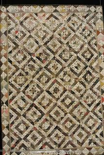 Wonderful quilt made of triangles - perfect for EPP-Magic Needle: Veldhoven Days!