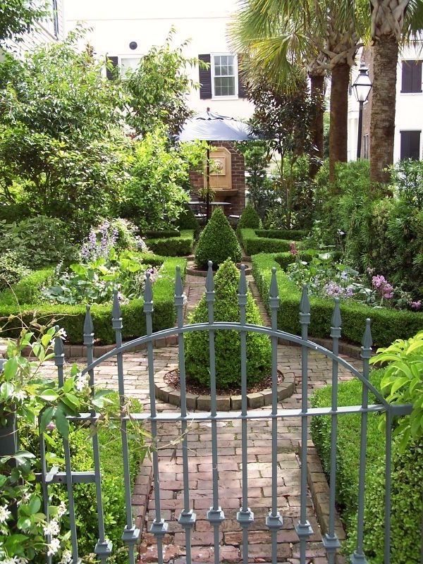 Your Email Hey guys, I'm on this garden kick and have collected a vast volume of exquisite gardens. (link to last post if you missed it). There are so many ways a garden can be classified, but today, I'm focusing on the urban garden. some are on the roof (lucky devils) some are in a …