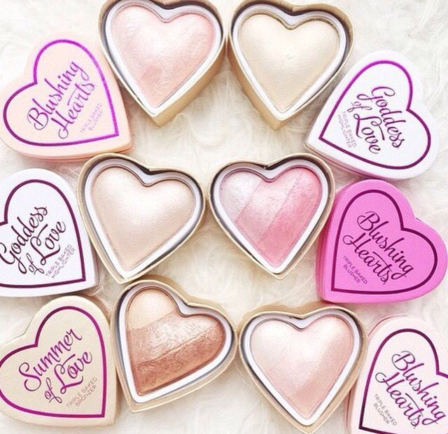 Cudowne róże Makeup Revolution I Heart Makeup na iperfumy.pl…