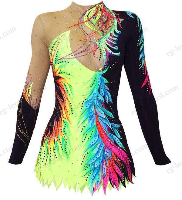 In our beautiful competition rhythmic gymnastics leotard Jennifer for girls you will feel confident and stay focused only on your performance!