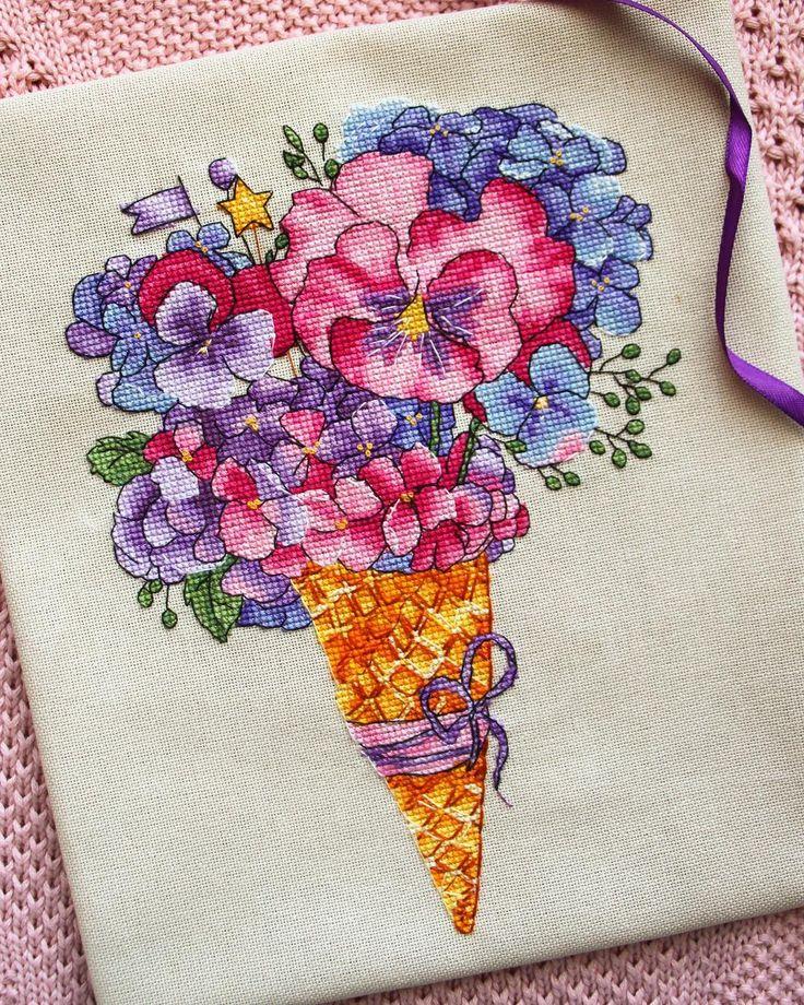 """54 Beğenme, 4 Yorum - Instagram'da Морж (@morzh_handmade): """"Вот и финиш моего цветочного мороженого (ага, самое время сообщить, что это за дизайн 😂) в…"""""""