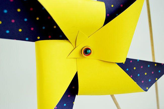 Quick 'n Easy Giant Paper Pinwheels