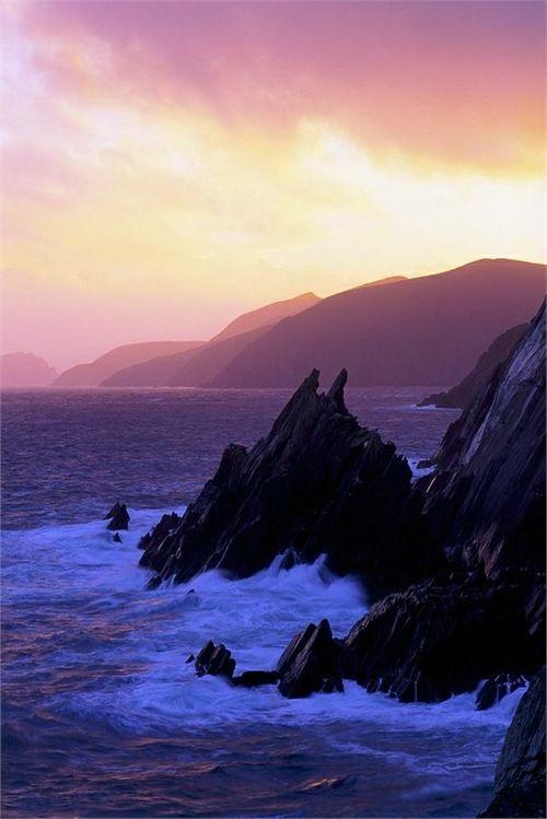 Dingle Peninsula - County Kerry, Ireland | 10 Beautiful Places in Ireland