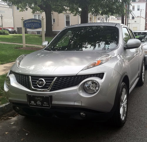 Nissan Juke in New Jersey available for someone to take over the lease   http://www.autoleasebreakers.com/NJ/Montclair/2629/lease_transfer/2011-Nissan-Juke.html