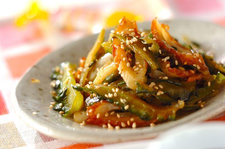 塩でもんだゴーヤは苦みがなく、食べやすい。ちくわも入れて、量を増しました。ゴーヤのきんぴら[和食/炒めもの]2011.08.22公開のレシピです。