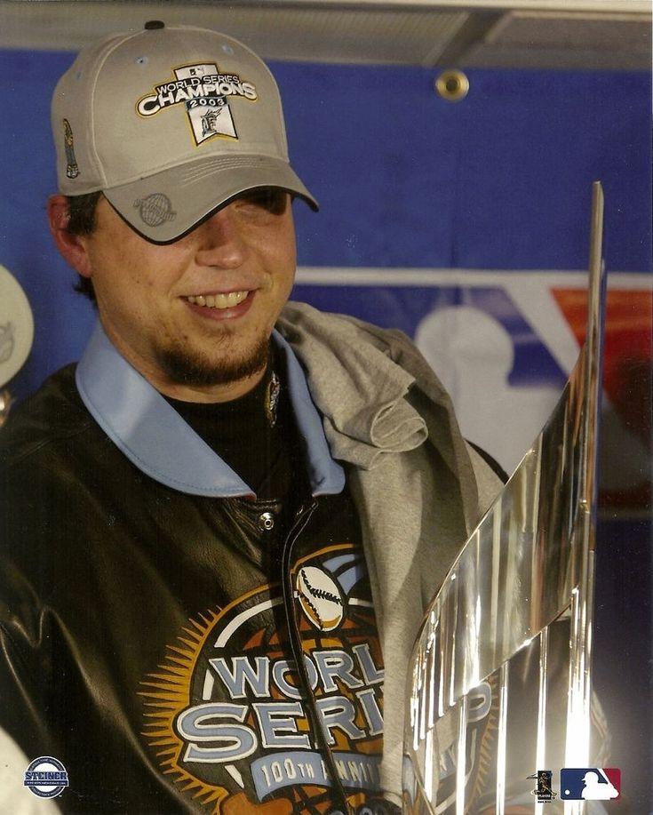JOSH BECKETT 8x10 PHOTO (2003 World Series MVP) FLORIDA MARLINS Baseball Champs! #FloridaMarlins