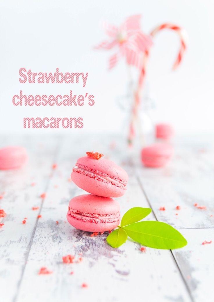 Strawberry cheescake macarons   http://www.angelinaincucina.com/strawberry-cheesecakes-macarons/