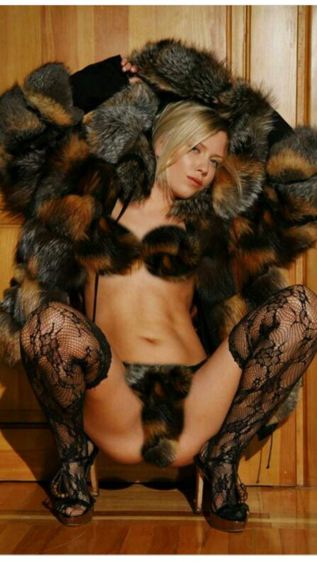 women-with-fur-clothing-porn