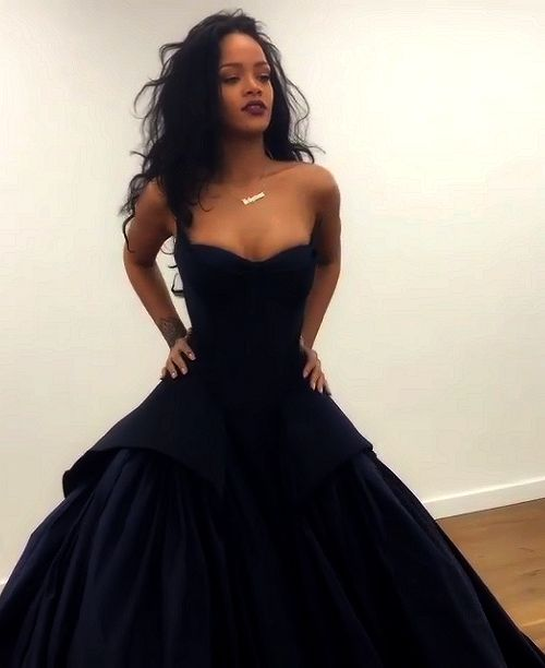 RiRi slaying as always...
