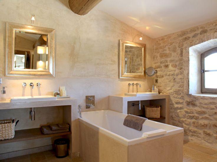 Salle de bains en pierre et chaux : Des salles de bains de décorateurs - Journal des Femmes Décoration