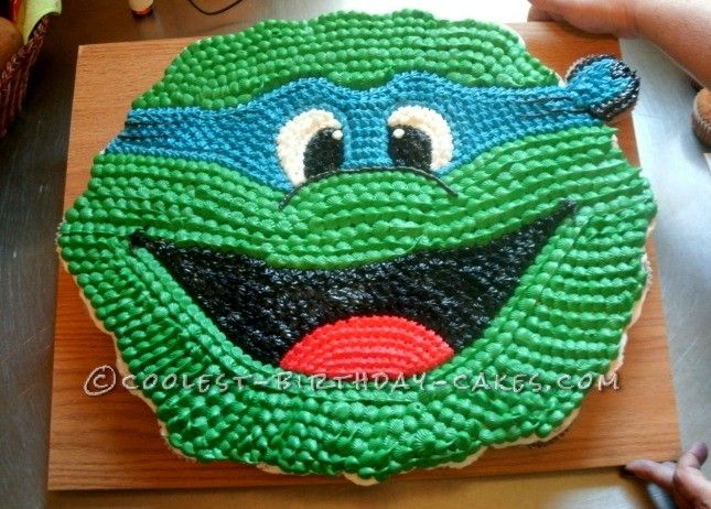 Cool Ninja Turtle Cupcake Cake... This website is the Pinterest of birthday cake ideas