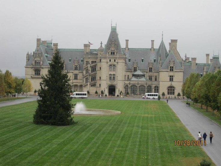 25 best builtmore house images on pinterest asheville for Is biltmore estate haunted