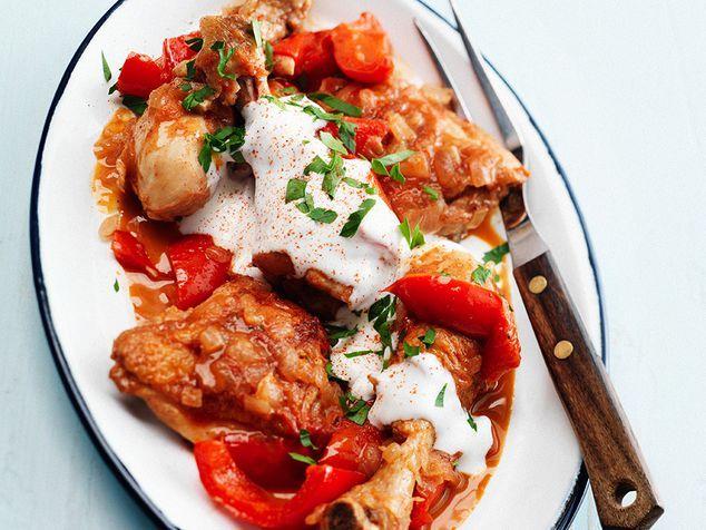 Hongaarse gestoofde kip met boerenyoghurt | ZTRDG magazine
