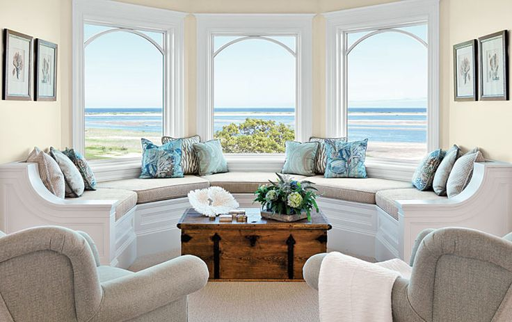 Chic Coastal Décor Concept in Water Side : Stunning Interior Design Ideas Bay Window With Beach View