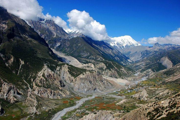Manang Valley - Annapurna Circuit, Nepal.