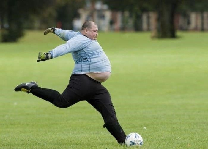 Yes Fat Man You can Do it - 25+ Funny Football Moments #funny #wtf #football