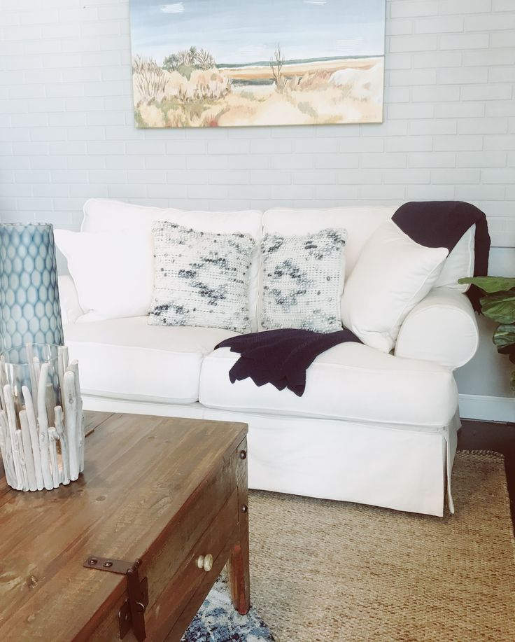 The Classic Slipcover Living Room Furniture Is Rightfully Named Boasting A  Traditional Shape While Offering Style And Comfort. Rather Than Being  Permanently ...