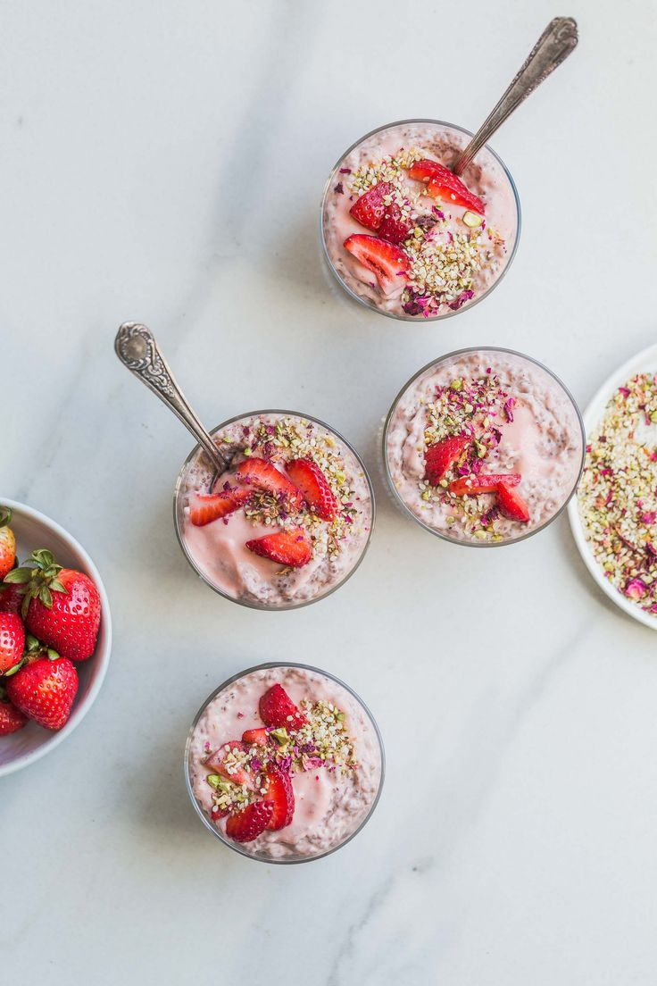 Rhubarb Strawberry Chia Pudding w/ Pistachio & Rose Dukkah (+ Weekend Links)