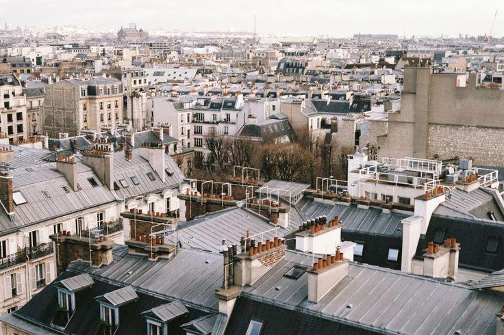 kloddervos: More rooftops. Paris.