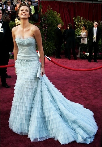 Charlize Theron at the 2005 OscarsCharlize Theron, Couture Gowns, 2005 Oscars, Christian Dior, Carpets Ready, Dresses, Dior Couture, Academy Awards, Red Carpets Gowns