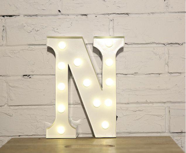 Leuchtbuchstabe Letter N