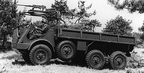 DAF 75 jaar leverancier van Nederlandse krijgsmacht - DAF Trucks N.V.