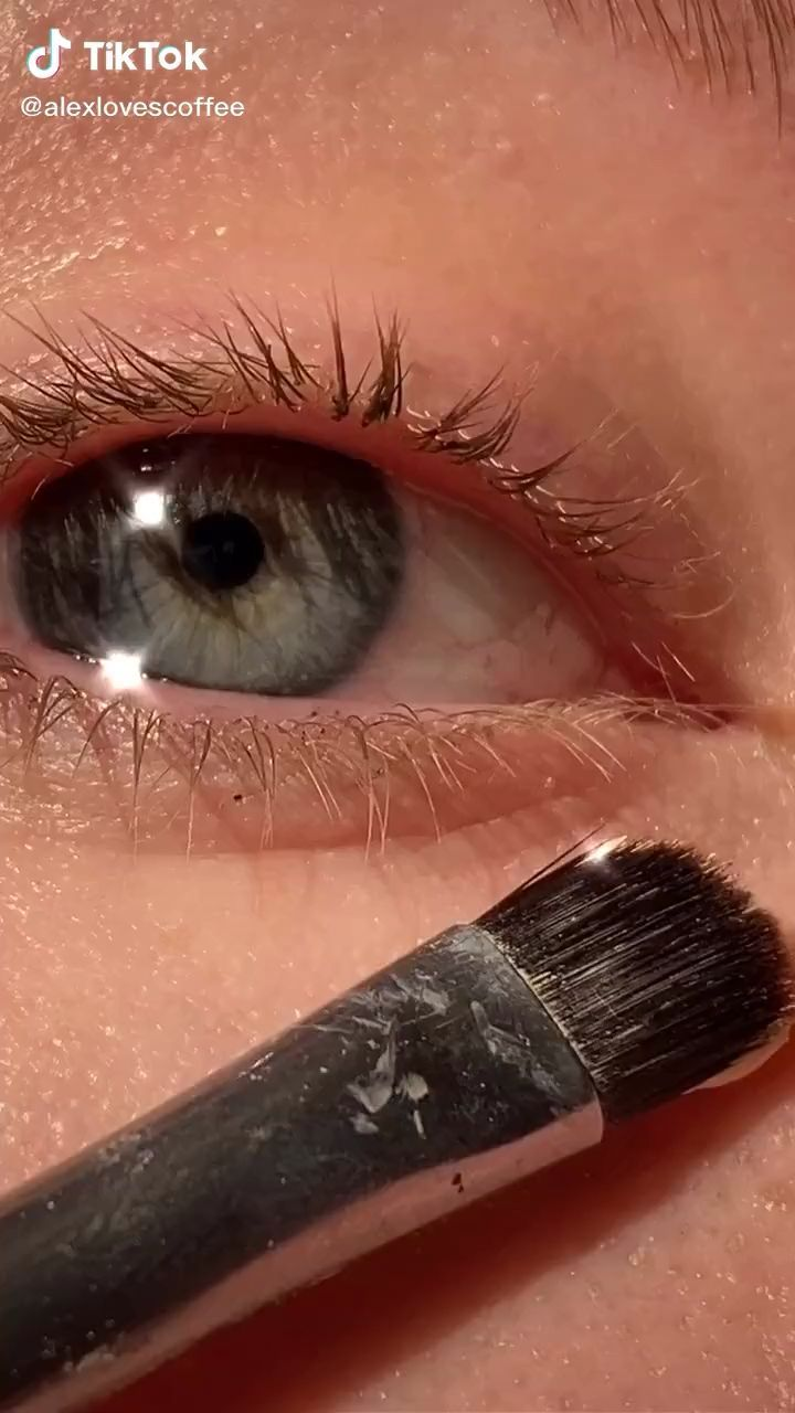 Makeup Tutorial Tik Tok Make Up Videos Credit To Tik Tok Creator Makeup Eyeliner Makeup Tutorial Artistry Makeup
