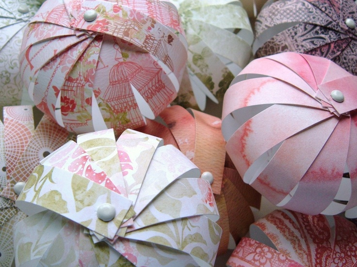 strips of paper ball decorations use pages