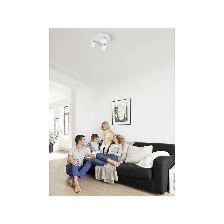 Vous cherchez des spots pour votre intérieur? Avec son pied chromé et sa peinture grise, la barre de spots LED pour plafond Star de Philips dégage une élégance intemporelle. Ce spot à LED est doté d'une technologie de pointe, qui lui permet de faire des économies d'énergie. Il vous plongera avec style vos pièces dans une chaude lumière blanche.