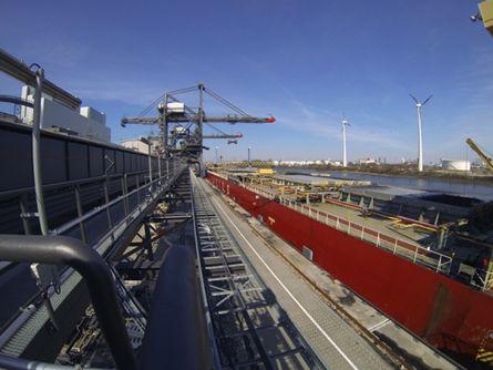 Brunsbüttel Ports nimmt Betrieb in Moorburg auf - http://k.ht/2HV