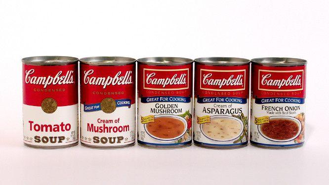 Le contenant est une boite de conserve en acier, la boite est compacte, et permet de faire entrer davantage de contenu dans un volume restreint. Cependant après ouverture la conservation n'est pas possible. Le décor est simple, bicolore, il laisse seulement apparaître la marque et le goût du produit ainsi que la quantité contenue. Ce packaging est facilement reconnaissable par le consommateur, notamment aux Etats-Unis où Andy Warhol en a fait une oeuvre d'art dans les années 1960.