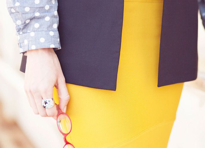 7 Ways to Look Like You're the CEO, Even When You're Not | Levo League |         fashion, heels, power flats, professional attire