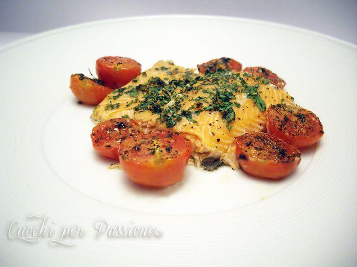 E' un piatto gustoso ma leggero, adatto quindi in questo periodo e per le cene estive, potete servirlo, in porzione ridotta, anche come antipasto se avete ospiti, volendo potete tagliare il...