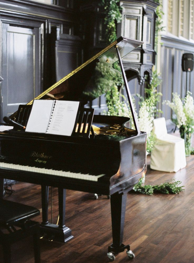 The beauty of a musical event and the sound of pianos