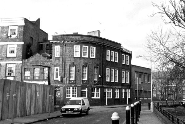Alma, 41 Spelman Street, Mile End. London E1 Now closed and used as office space