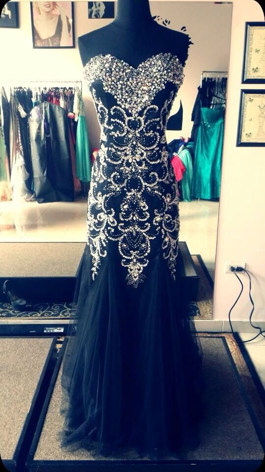 I wish that I was wearing this black prom dress to my prom! #prom dress,evening / cocktail / occasion dress