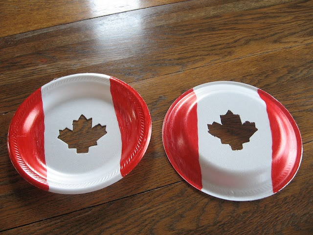 Almost Unschoolers: Canada Day Sun-Catcher Craft