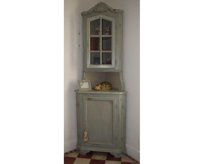 meuble d 39 angle r alis avec chalk paint d 39 annie sloan et une patine la cire fonc e couleur. Black Bedroom Furniture Sets. Home Design Ideas