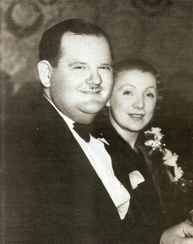 Mr & Mrs Oliver Hardy (1933)