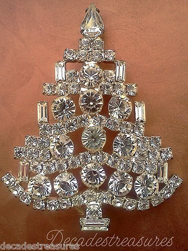 Vintage Elegant Collectable Rhinestone Baguettes Christmas Tree Brooch Pin Xmas