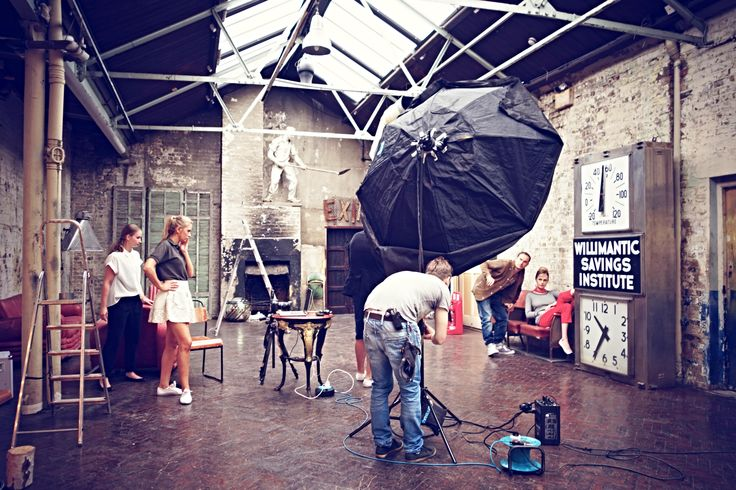 Przygotowywanie zdjęć to poważna sprawa #Backstage #QSQ #Photo #Photography #WIP #WorkInProgress