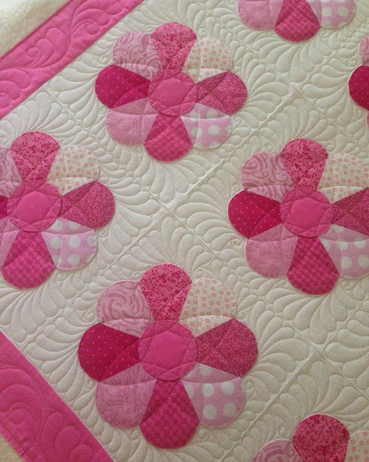 """239 Likes, 8 Comments - Quilts On Bastings (@quiltsonbastings) on Instagram: """"A finished quilt for a baby girl #quiltsonbastings #freemotionquilting #longarmquilting…"""""""
