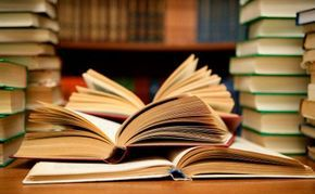 5 Types of books that increase intelligence