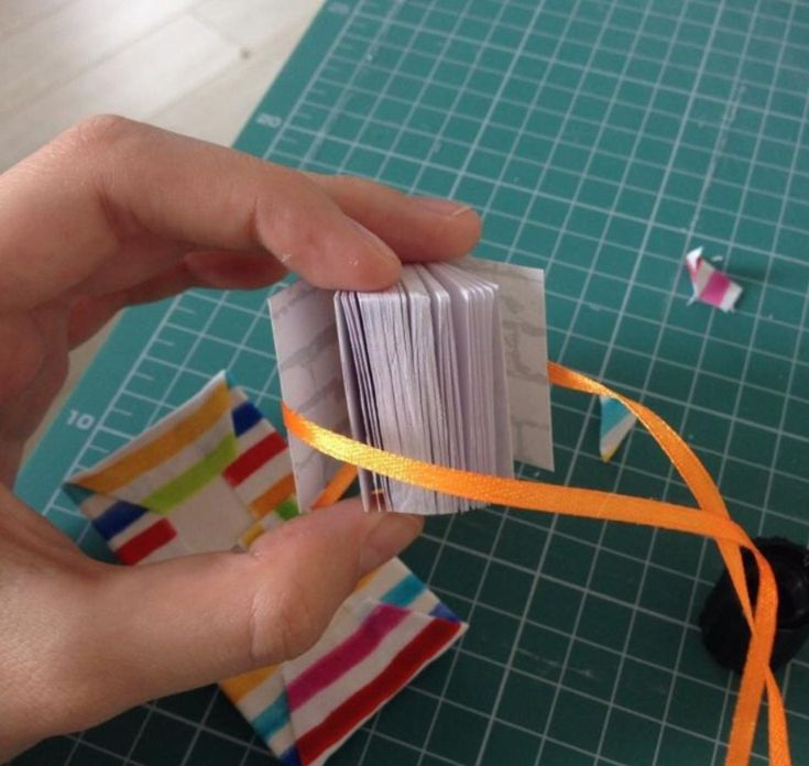 How to make your own keychain-notebook — DIY is FUN