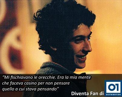 Piero Mansani (Edoardo Gabbriellini) è il protagonista del film Ovosodo.