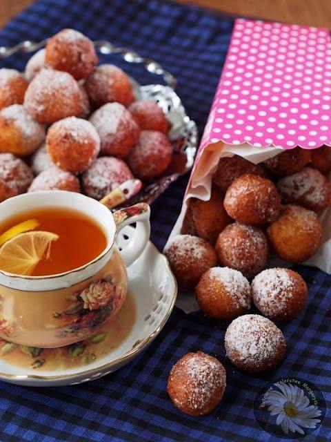 Kulinarne Szaleństwa Margarytki: Mini pączki serowe z różanym aromatem