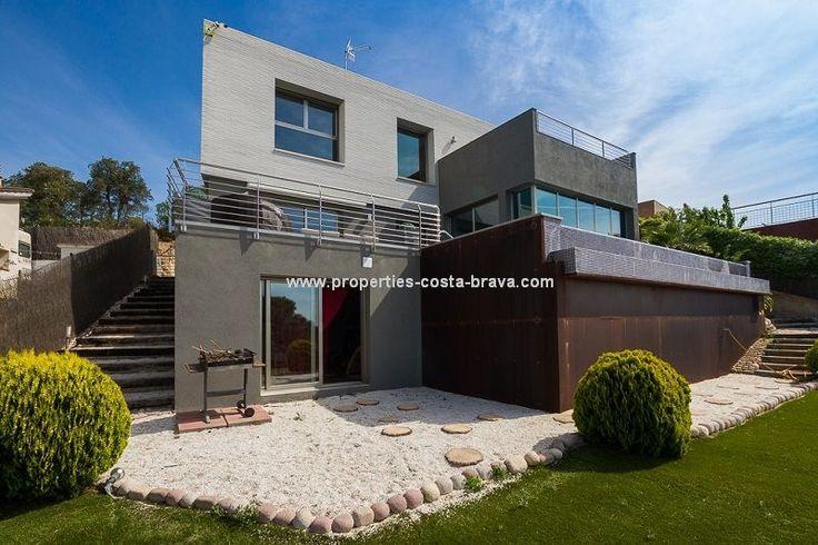 Luxury Villa in Tordera