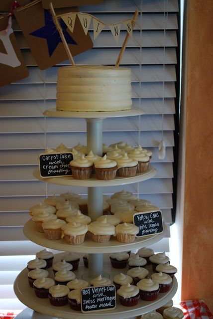 mini wedding cakes seattle 22 best images about cupcake labels on wedding 17429